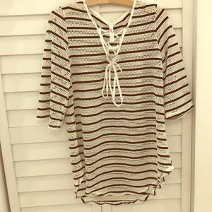 Beach coverup black and white size small new
